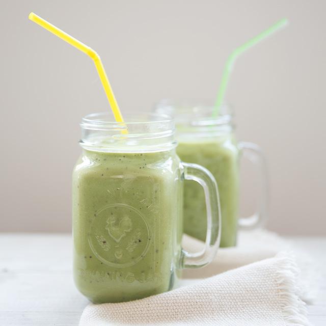"""Healthy """"Happy Green Smoothie"""" recipe"""