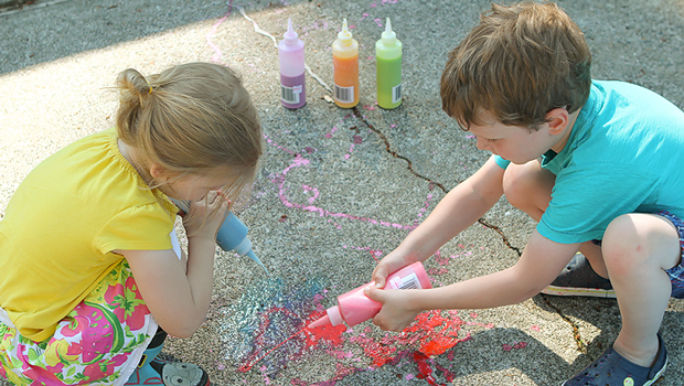 This squirtable sidewalk chalk is my kids' new favorite outdoor activity.  Love the secret ingredient for adding a little science to the fun!