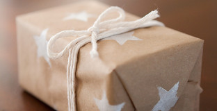 Kids of all ages can make this elegant wrapping paper, making their gifts to loved ones all the more special.