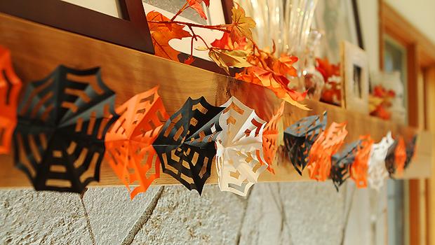 origami spider web garland