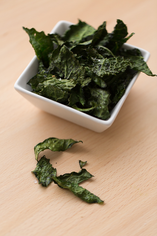 Kid Friendly Crunchy Kale Chips - I'm making these this weekend!