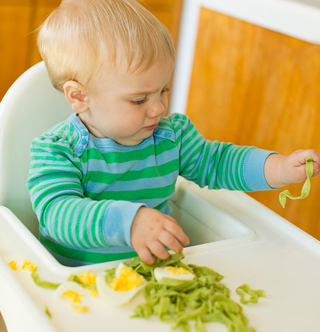 Playtime: Setting Up a Food Exploration Station for Baby - such a great way to get kids used to trying new foods!