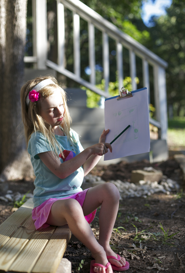 Outdoor Play: 5 Steps for Creating an Awesome Outside Exploration Station in Your Backyard