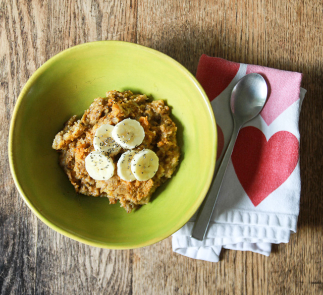 Crockpot Pumpkin Oatmeal - so healthy yet so good!