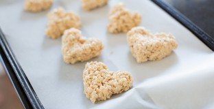 Kids Valentine's Day Treats - Chocolate Dipped Heart Rice Krispie Treats